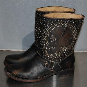 FRYE Jenna Skull Stud Short Boot Stone Washed 8.5B